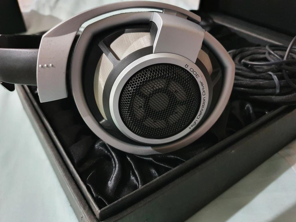 Sennheiser HD800 Headphones (SOLD) 20210410