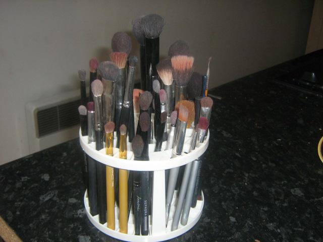 Mes idées rangements cosmétiques Rangem12