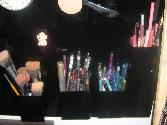 Mes idées rangements cosmétiques Violet13