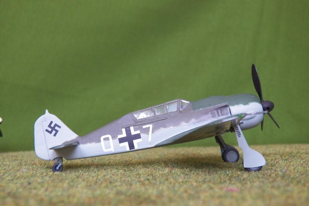 Focke Wulf Fw 190 S-8. Maquette Heller + Dauzié 100_1222