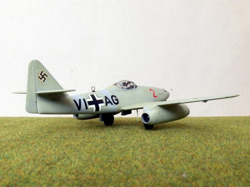 [Lindberg] - Messerschmitt Me 262 A-1a Schwalbe 100_2421