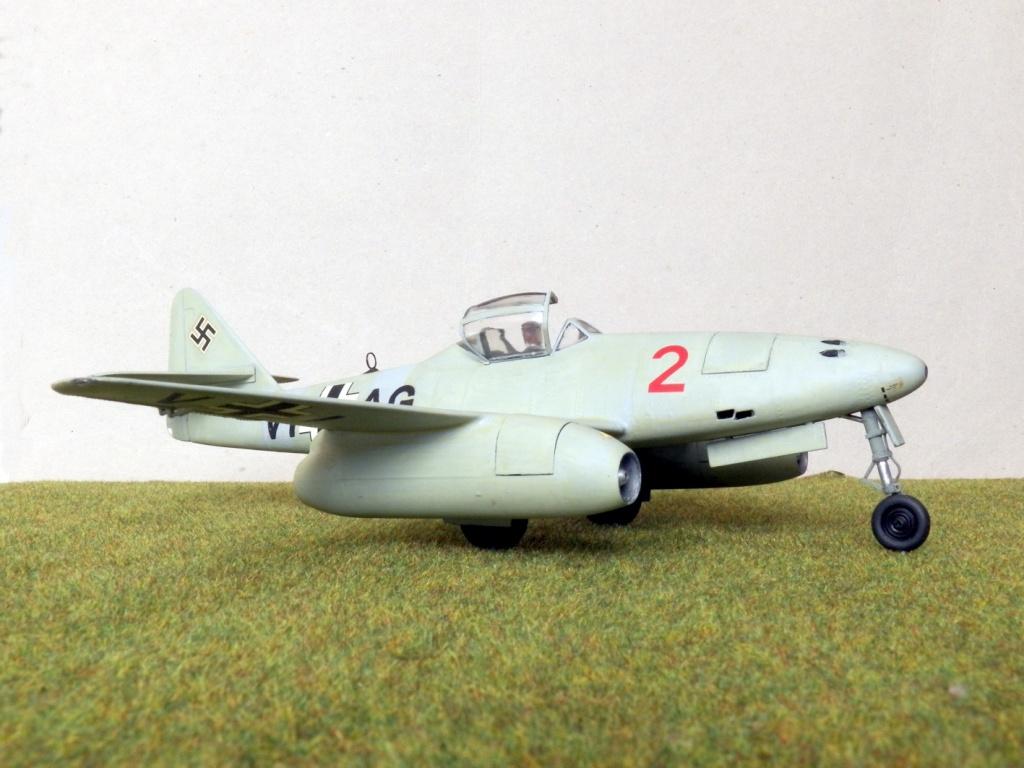 [Lindberg] - Messerschmitt Me 262 A-1a Schwalbe 100_2423
