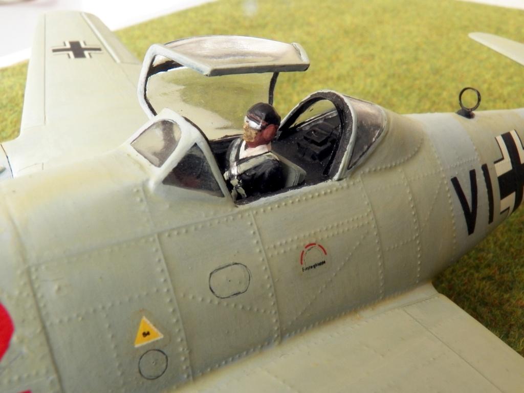 [Lindberg] - Messerschmitt Me 262 A-1a Schwalbe 100_2427