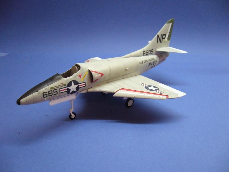 Douglas A-4C Skyhawk Hobbycraft, 1/48 P1030016