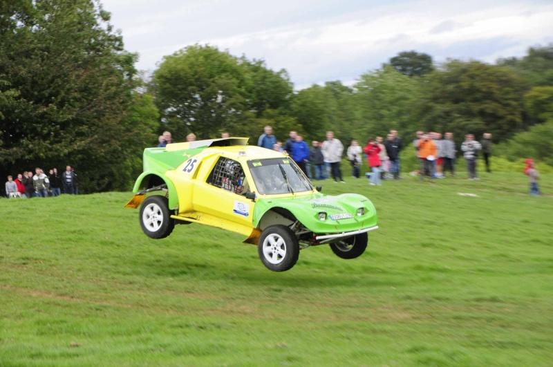 buggy - Recherche photos et vidéo du buggy vert et jaune n°25.  Chasse44