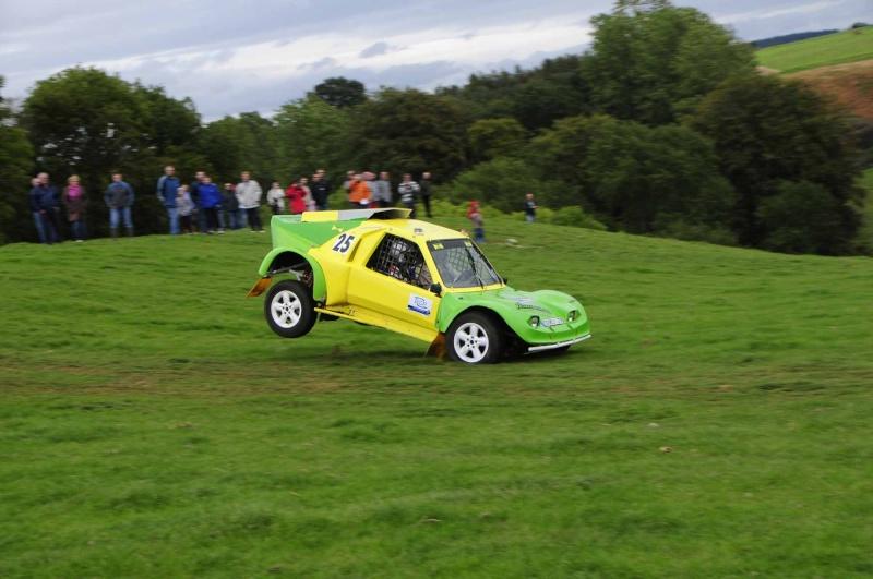 buggy - Recherche photos et vidéo du buggy vert et jaune n°25.  Chasse45
