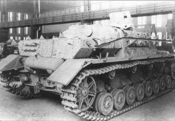 Sturmgeschütz IV 017zf10