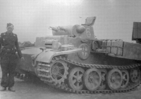 Pz.Kpfw I Ausf.F 087x10