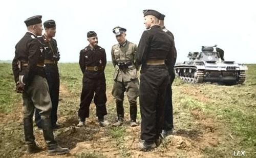 La tenue Noir des equipages des Panzer - HEER 20080711