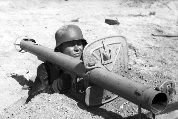 Le Panzerschreck 2dw5c910