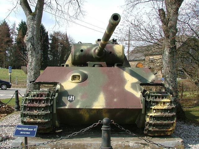 Le panther de grandmesnil - Belgique 3ey410