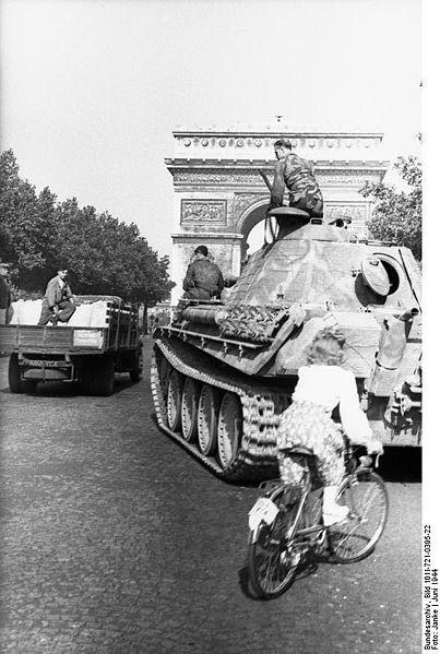 Reportage - PARIS sous l'occupation 403pxb10
