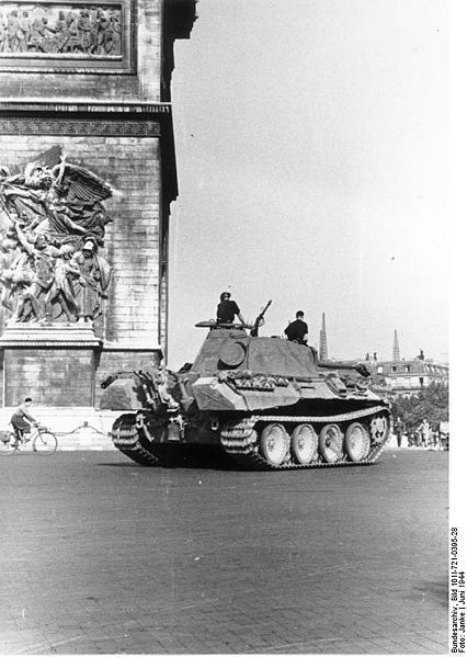 Reportage - PARIS sous l'occupation 426pxb10