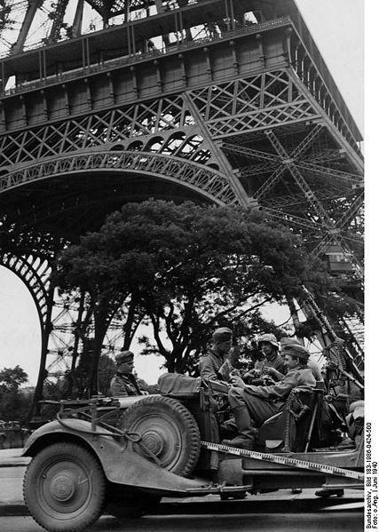 Reportage - PARIS sous l'occupation 427pxb11