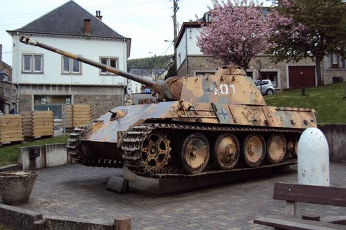 Houffalize - Panther Ausf. G - Belgique 44146310