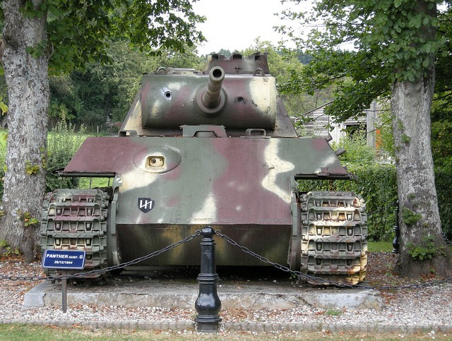 Le panther de grandmesnil - Belgique 47573412