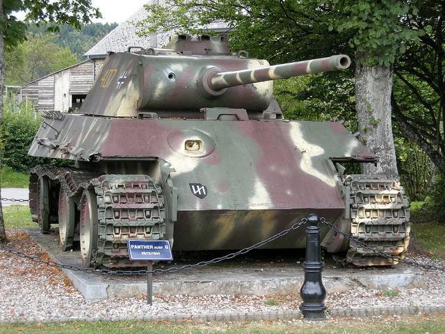 Le panther de grandmesnil - Belgique 47573413