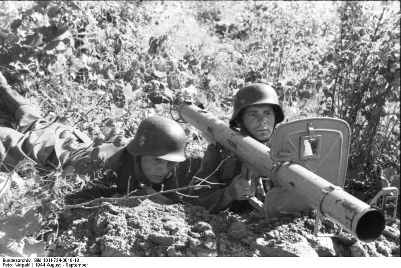 Le Panzerschreck 56704011