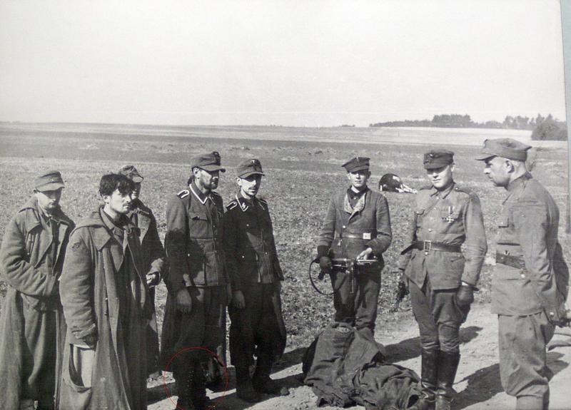 33e division de grenadiers SS Charlemagne 6711de10