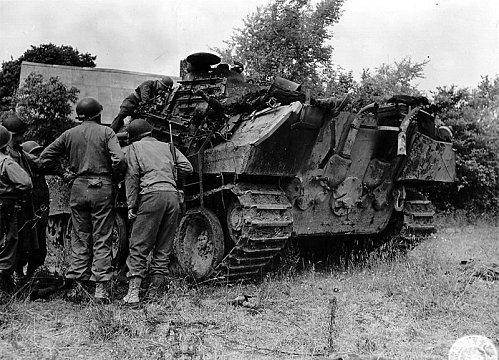 Panzer Wreck - Normandie 1944 800px-48