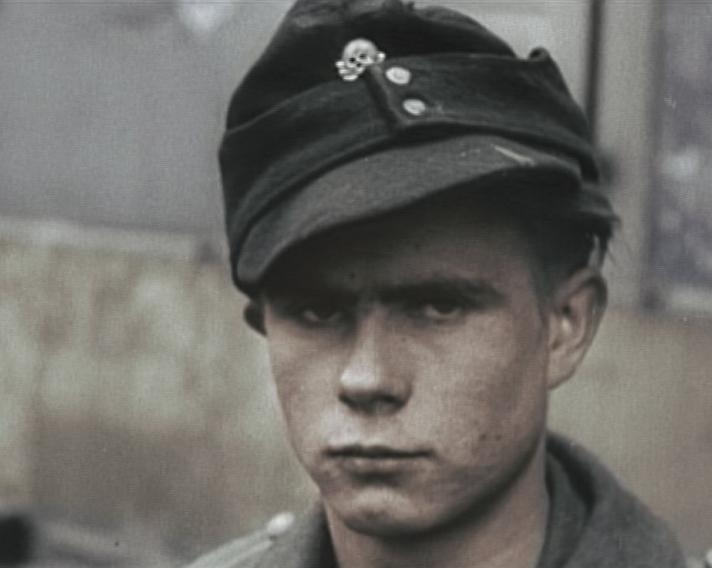 Les Jeunesses hitlériennes - Les enfants du Reich !!! 83945910