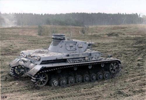 Camouflages, numerotation et marquages des Panzer _4_19410