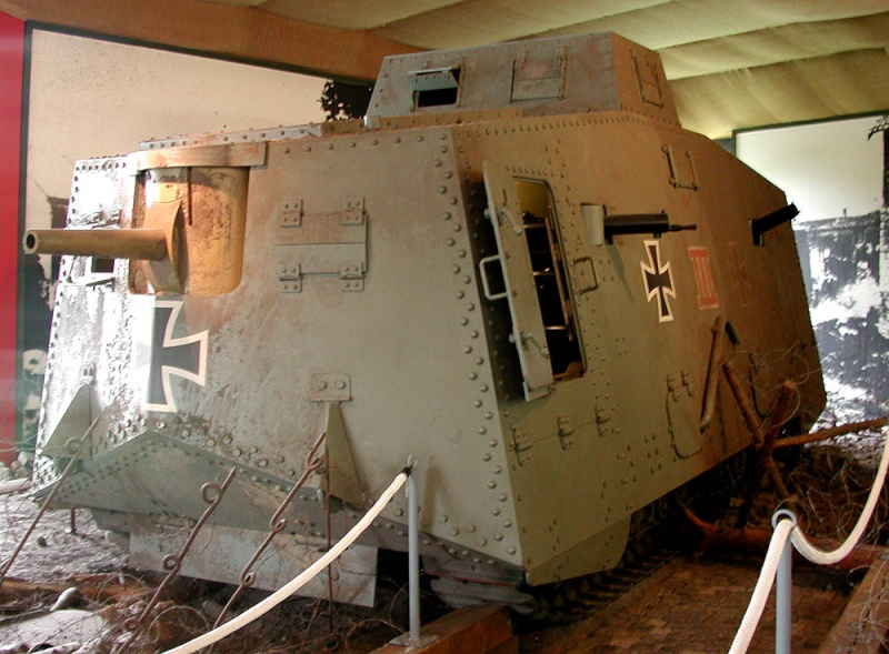 WW1 - A7V  - Munster - Panzer Museum _dscn110
