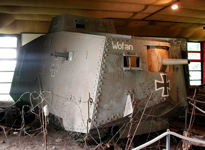 WW1 - A7V  - Munster - Panzer Museum _dscn111