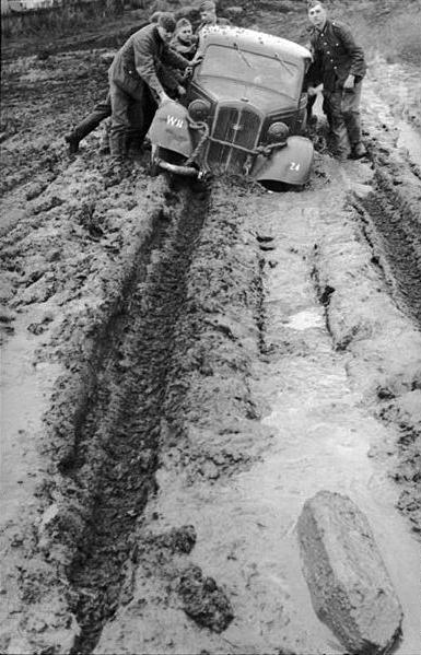L'Enfer Russe !!! le froid et la boue ... Photos A_copi10