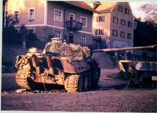 Panzer Wreck in Color !!! Aav10
