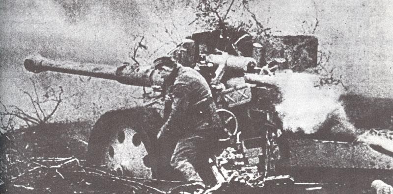 Pak 43 (Panzerabwehrkanone 43) - 88 mm Acht-a10