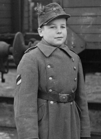 Les Jeunesses hitlériennes - Les enfants du Reich !!! Albert10