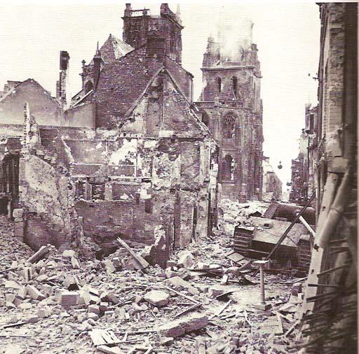 Panzer Wreck - Normandie 1944 Aout1910