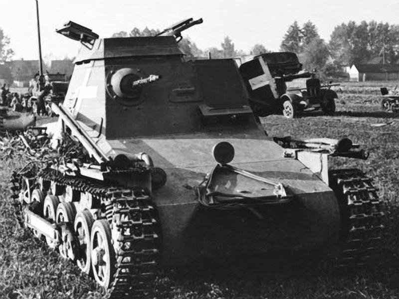 Panzerkampfwagen I - Panzer I Befehl10