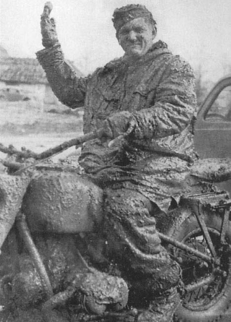L'Enfer Russe !!! le froid et la boue ... Photos Boue_j10