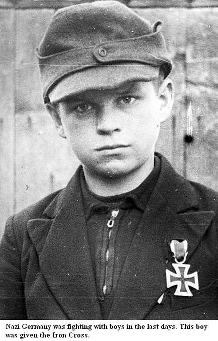 Les Jeunesses hitlériennes - Les enfants du Reich !!! Boy-ir10