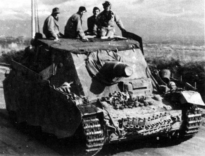 Sturmpanzer IV - Brummbär ! Brummb11