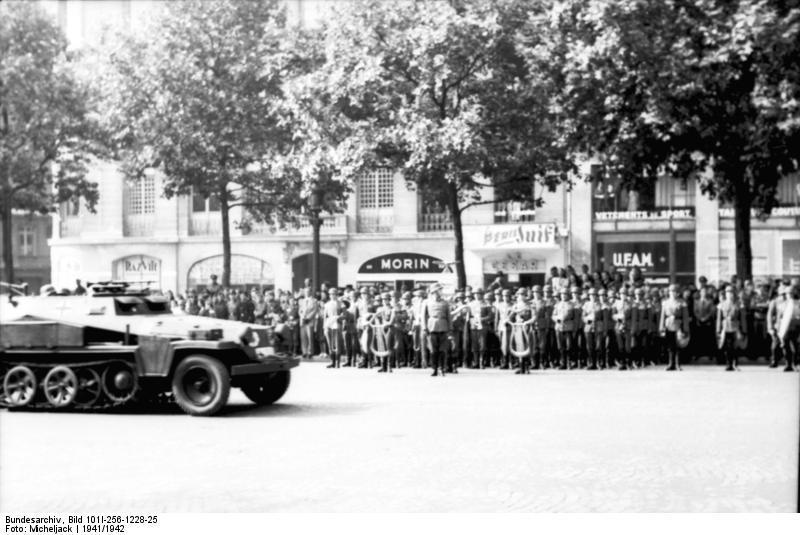 Reportage - PARIS sous l'occupation Bu600910