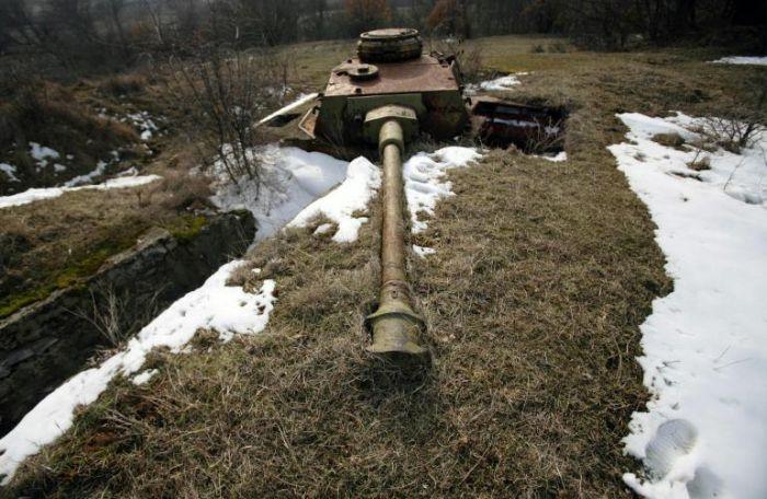 Panzer Wreck in Color !!! Bulgar10