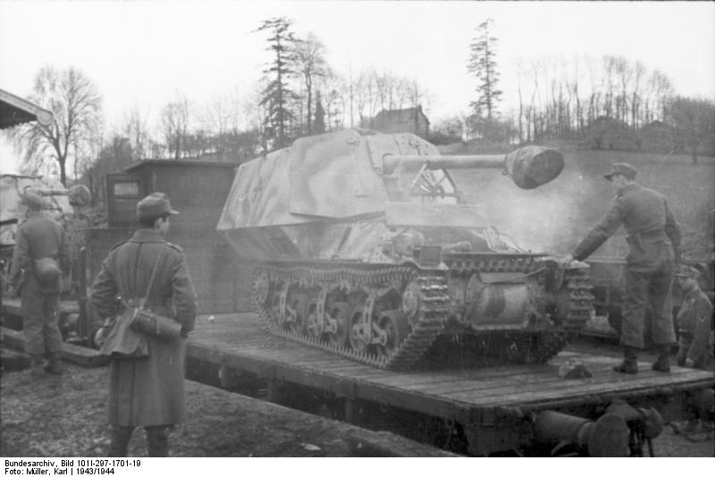 Reportage Bundesarchiv - Panzerjäger Marder I Bunde121