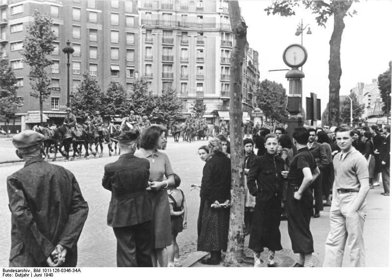 Reportage - PARIS sous l'occupation Bunde131
