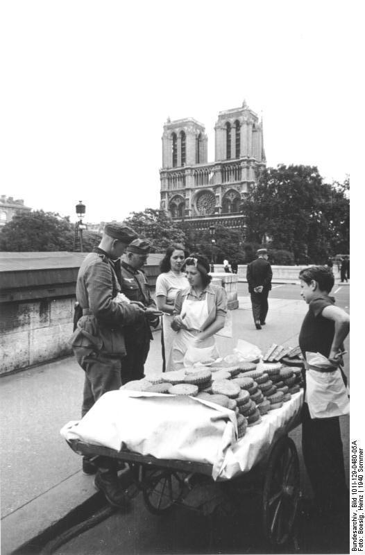 Reportage - PARIS sous l'occupation Bunde133