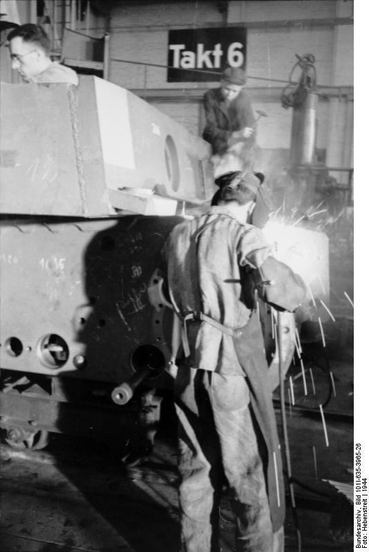 La Production des Panzer Bunde159