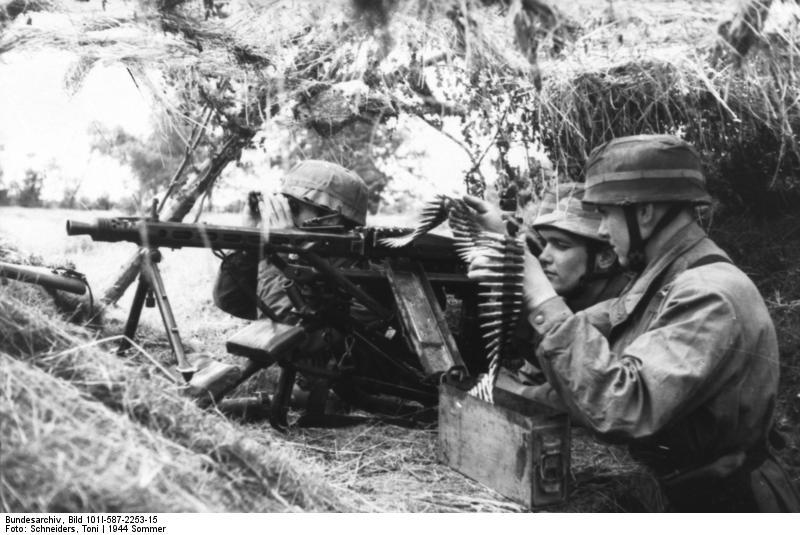 Maschinengewehr 42 - MG42 Bundes12