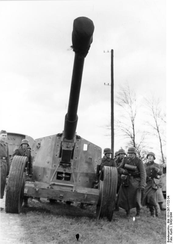 Pak 43 (Panzerabwehrkanone 43) - 88 mm Bundes28