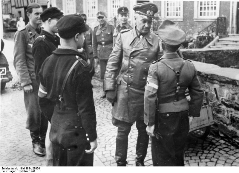 Les Jeunesses hitlériennes - Les enfants du Reich !!! Bundes53