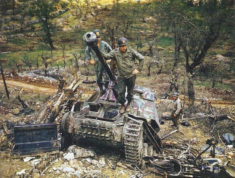 Panzer Wreck in Color !!! Captur10