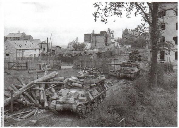 Bataille d'Aix-la-Chapelle - 2/21 octobre 1944 Ddssde10