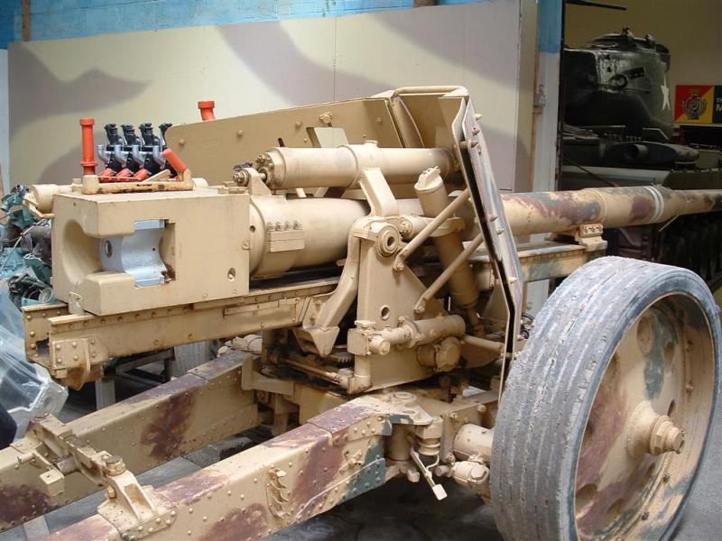 Pak 43 (Panzerabwehrkanone 43) - 88 mm Dscf0010