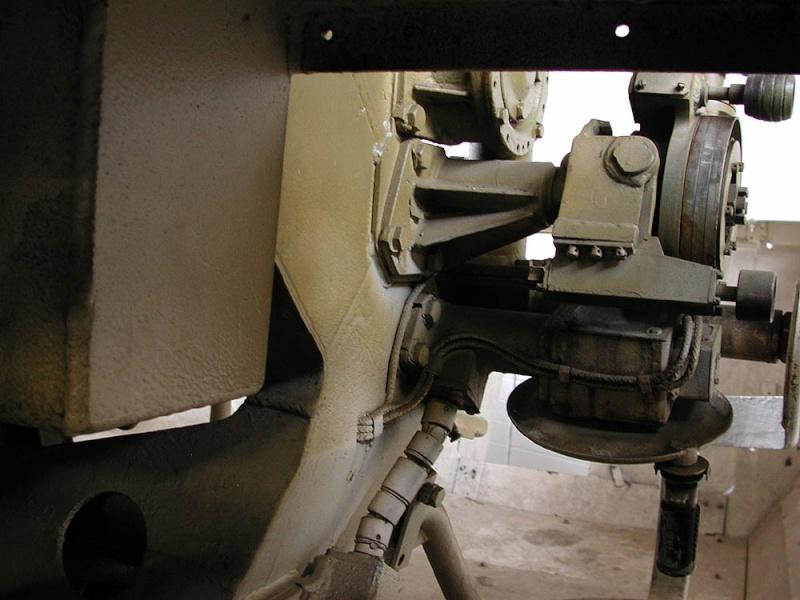 SdKfz 251/9 - Munster - Panzer Museum - DE Dscn1613